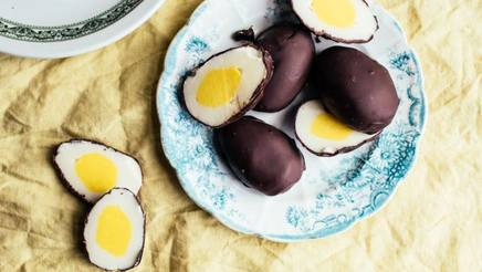 Chocolate Cream Filled Easter Eggs!