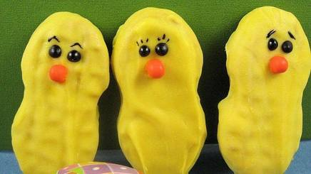 Nutter Butter Easter Chicks!