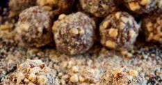 Chocolate Pecan Pie Truffles!