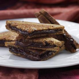 Grilled Dark Chocolate Sandwich!