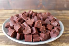 Easy Homemade Paleo Chocolate!