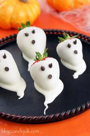 Chocolate Covered Strawberry Ghosts!