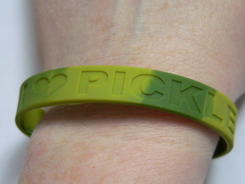 Pickle Love Wristband - I Heart Pickles - Silicone Wrist Band Rubber Bracelet (S/M)