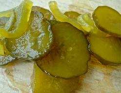Crispy Lunch Pickles!