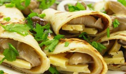 Cheese & Pickle Pancake Wraps!