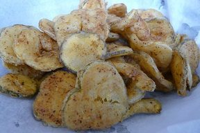 Crunchy & Tangy Fried Pickles!