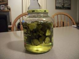 Easiest Sweet Crunchy Pickles!
