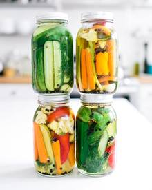 Mixed Vegetable Quick Pickles!