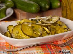 Homemade Microwave Pickles!