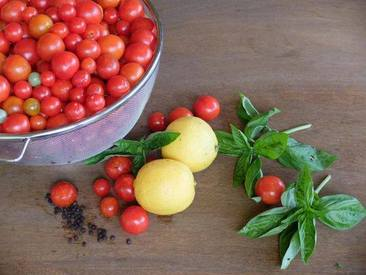 Pickle Your Cherry Tomatoes Now!