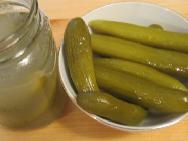 Iraqi Cucumber Pickles!