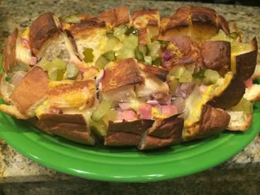 Cheesy Cubano Pull Apart Bread!