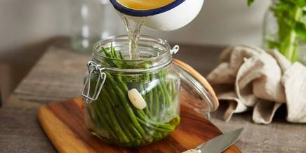 Garlic Pickled Green Beans!
