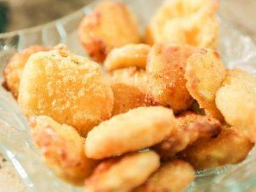 Fried Pickles With Cajun Aioli!