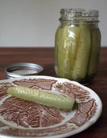 A Favorite Dill Pickle Recipe!