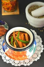 Instant Carrot Chili Pickle!