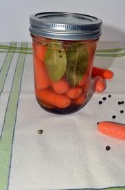 Lemony Pickled Carrots!