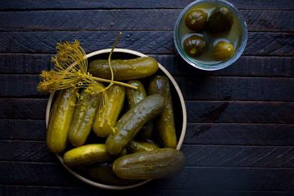 Heat Fermented Sour Pickles!