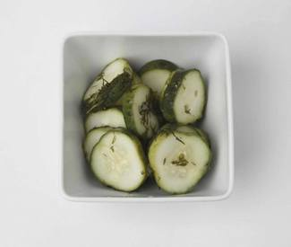 Easy Fridge Dill Pickles!