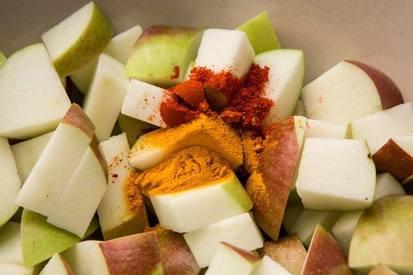 Indian Fresh Apple Pickle!