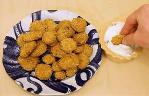 Crunchy Southern Fried Pickles!