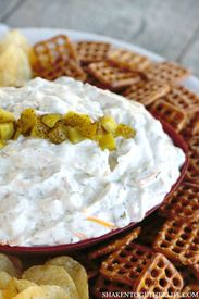 Creamy Cheesy Dill Pickle Dip!