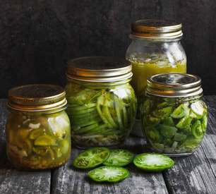 Green Tomato Pickles!