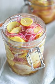 Sweet Yellow Squash Pickles!